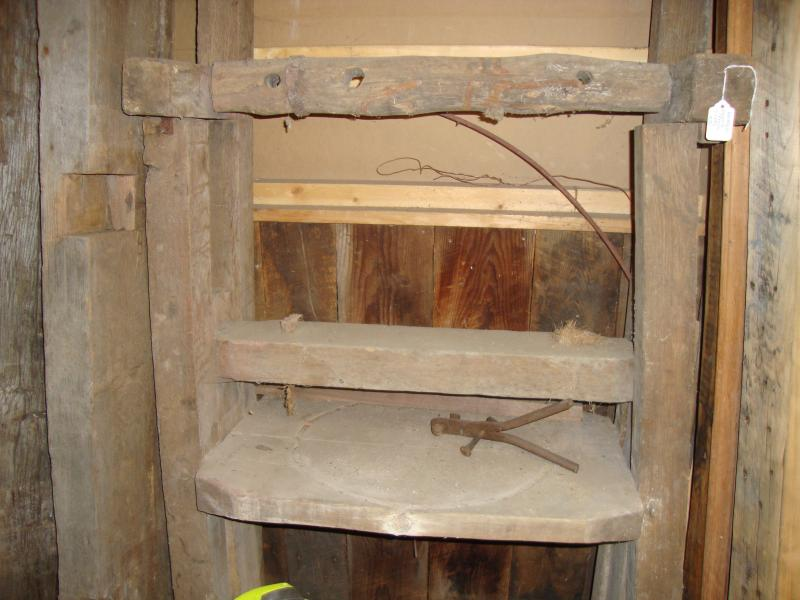 Small House Carpentry Reclaimed Lumber And Materials